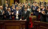 puigdemont-parlamento-catalan101017
